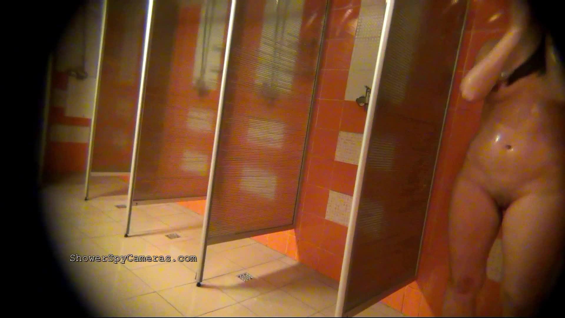 Камеры в душевых кабинках